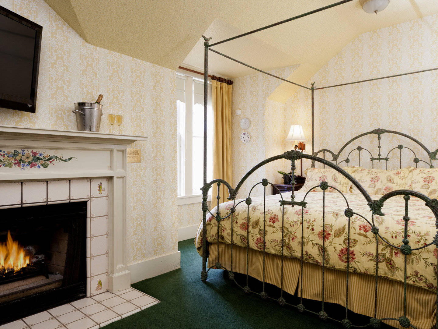 Pacific Grove Bed and Breakfast