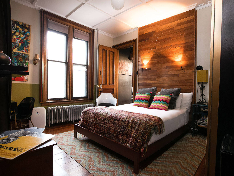 Burlington Bed and Breakfast