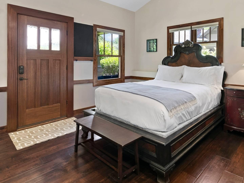 Boles Township Bed and Breakfast