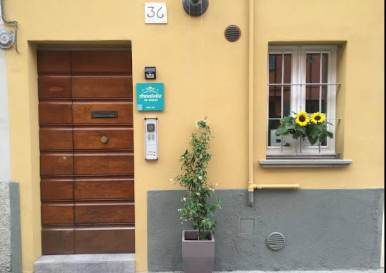 A close up of a door at B&B Annabella - Parma Centro.