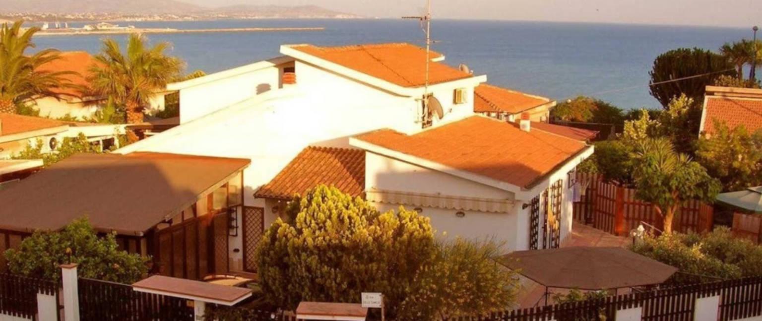 A view of a house at B&B  Villa Sara.